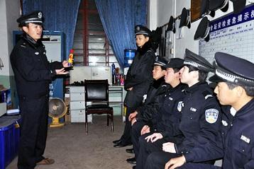 享有企事业编制的消防人员,通常是这些专职消防队的管理层,他们也属于